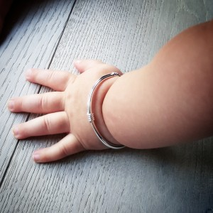 baby-hand-bracelet
