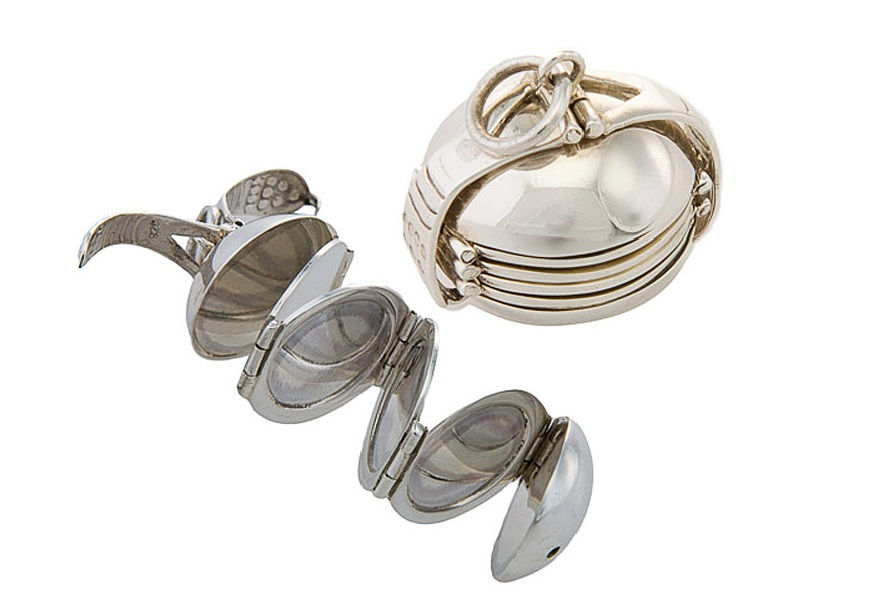76b77c96505f Solid silver orb - with six hidden photo frame chambers. Click for larger  picture