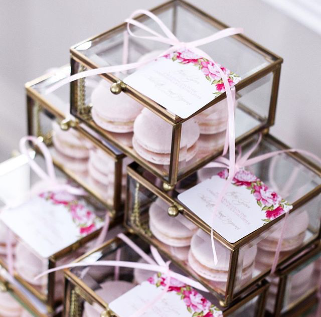 glass-box-party-favours