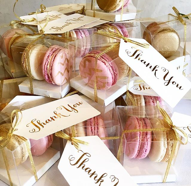 macaroon-boxes-favours